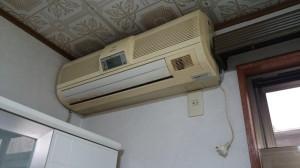 家具上のエアコン
