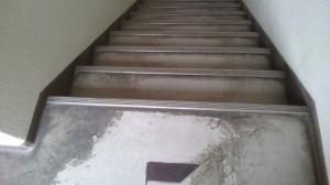 階段ワックス前